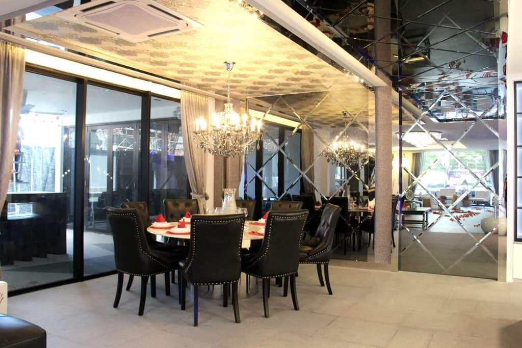 Yuan Design Dining Area